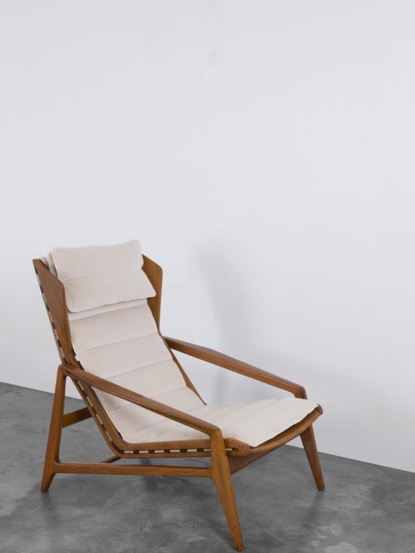 Gio Ponti - 811 Armchair, at Giustini/Stagetti Galleria O. Roma
